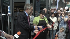 Hundreds of shoppers flooded through the doors at the opening today after the ribbon was cut by City Mayor Sir Peter Soulsby and Jade Pole from Country Fayre.